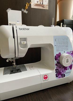 Продам отличную швейную машинку Brother Hanami 37s