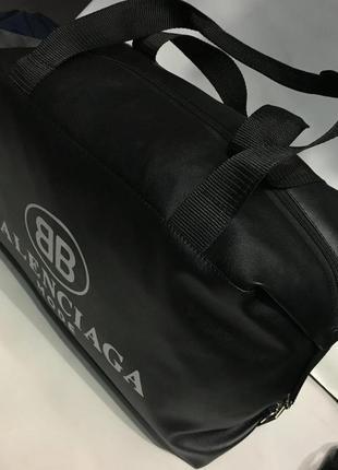 Спортивная женская сумка из гладкой экокожи,га тренировку,в до...