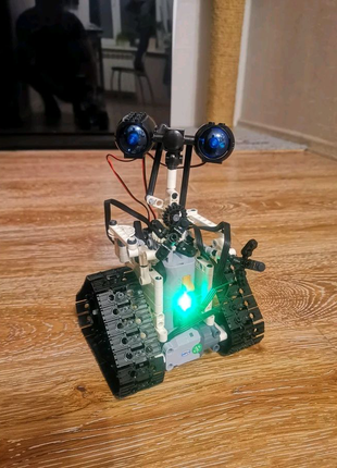 Робот Валли на пульте управлении [ не Lego] , машинки на пульте