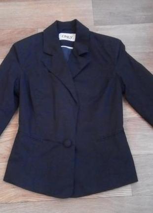 Черный пиджак классический блейзер можно как школьный
