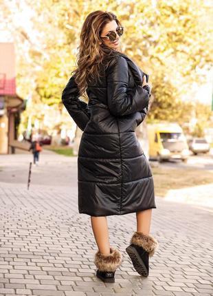 Женское стеганое пальто с высоким воротником