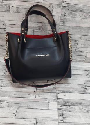 Женская сумка  из эко-кожи  стильная сумочка. черная с красным