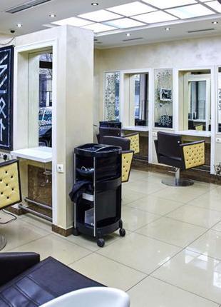 Сдам рабочее место парикмахера, центр города