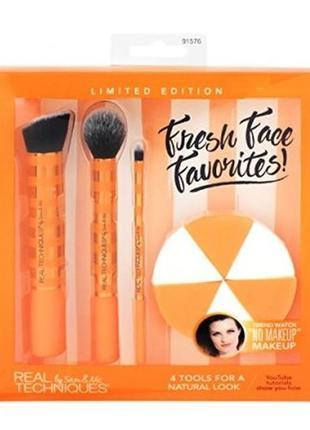 Набор аксессуаров для макияжа real techniques fresh face favor...