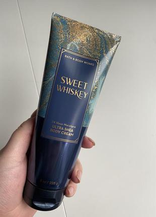 Парфюмированный лосьон крем для тела bath and body works sweet...