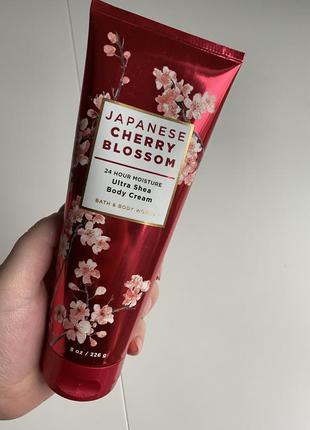 Парфюмированный лосьон крем для тела bath and body works japan...