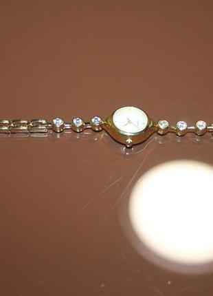 Наручные швейцарские часы sekonda, 100% оригинал.