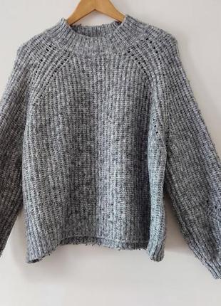 Очень красивый свитер серый в идеальном состоянии 🖤mango🖤
