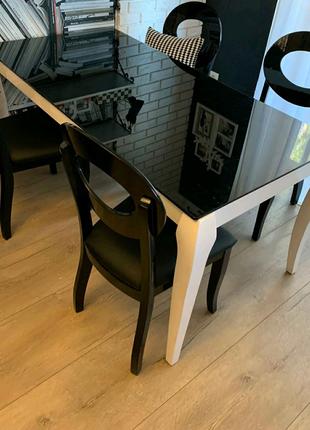 Стол обеденный в комплекте со стулами