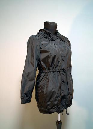 Легкая куртка sela