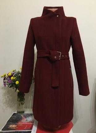 Стильное пальто vero moda s цвета марсала