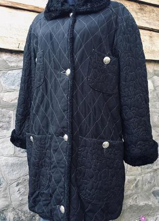 Стёганая удлинённая куртка пальто большого размера