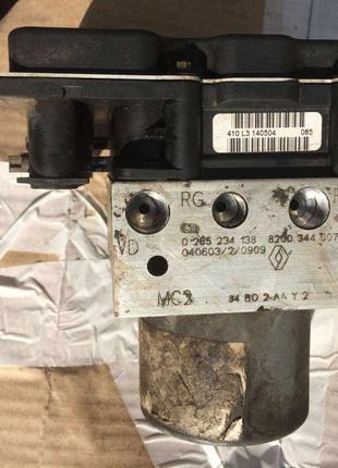 Б/у блок управления ABS Renault Megane Scenic 2, 8200344607,