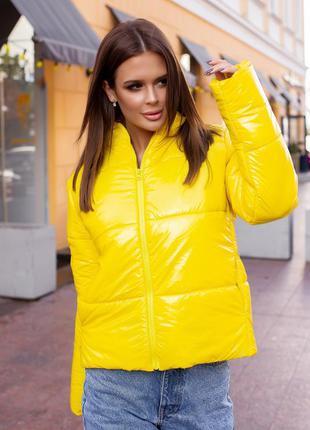 """Стильная куртка женская осень-зима """" moncler""""  лимонного цвета"""