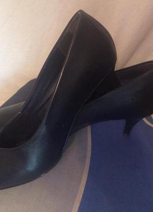 Темно-синие туфли,лодочки,barratts
