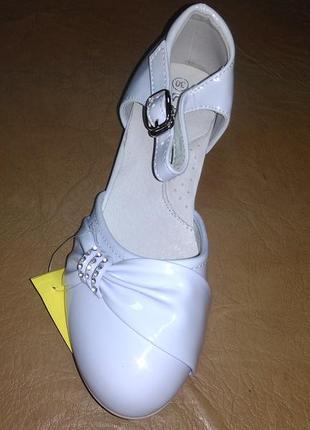 Нарядные туфли 25,27 р. на девочку, каблук, святкові, празднич...