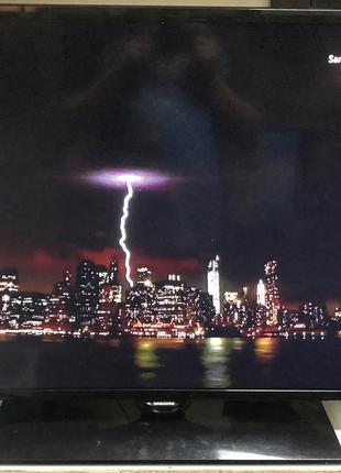 """Телевизор LED Samsung UE42F5000 42"""" FullHD + T2 тюнер, потерт"""