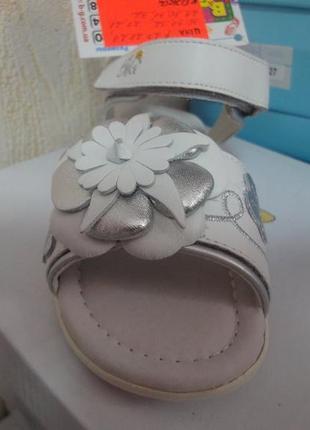 Кожаные босоножки 27-32 р. b&g на девочку, белые, биджи, санда...