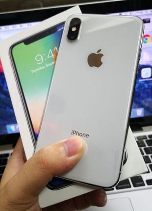 IPhone X 256 GB, білого кольору