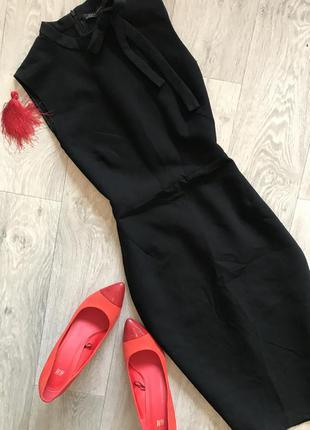 Чёрное элегантное платье футляр с бантом zara