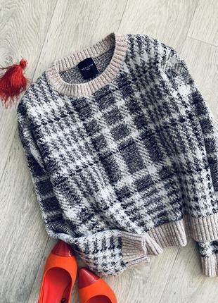 Стильный базовый бежевый свитер в клетку new look