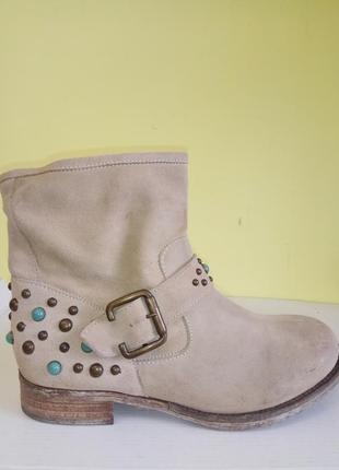 Ботинки 37 розмір бренд san marina