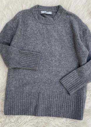 Тёплый объемный свитер с шерстью zara раз.м