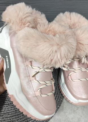 Кроссовки женские. кроссовки зима. женские кроссовки. зимние к...