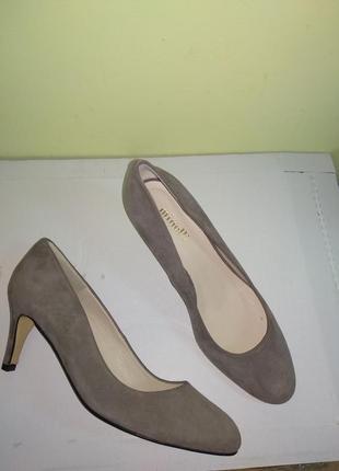 Туфлі 37 38 розмір бренд minelli