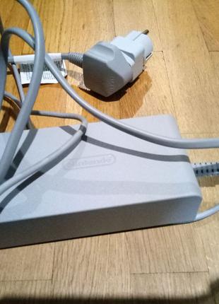 Nintendo Wii U блок питания оригинал 15V / 5.0A WUP-002