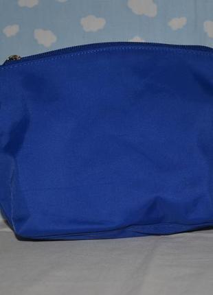 Фирменная качественная косметичка пенал сумочка nivea нивеа