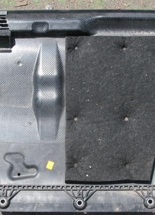 Skoda Octavia A7 Защита двигателя 3Q0825901A