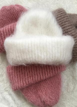 Белая, пушистая шапочка из мохера, вязаная шапка такори