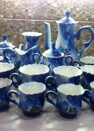 Новый чайно-кофейный сервиз, 6 чайных и 6 кофейных чашек