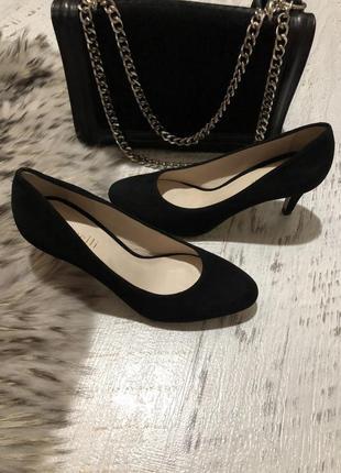 Черные замшевые туфли 36рр