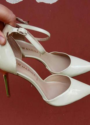 Босоножки 39 40 розмір бренд san marina