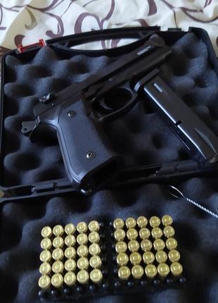 Стартовий сигнально шумовий пистолет