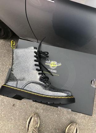 Шикарные кожаные осенние ботинки сапоги dr.martens 1460 galaxy...
