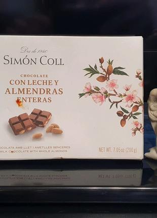 Молочный шоколад Simon Coll с цельным миндалем, 32% какао,Испания