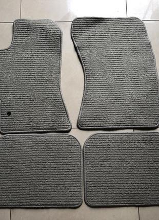 Новые оригинальные коврики на Subaru Outback