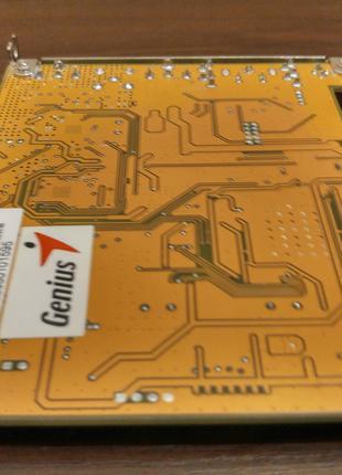 TV- и FM-тюнер Genius на чипе Philips SAA7135HL