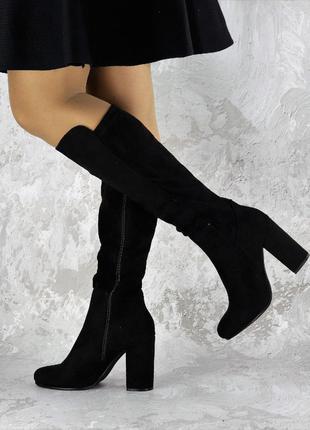 Женские сапоги на каблуке Luna