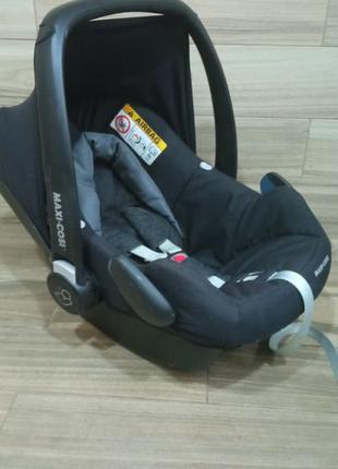 Maxi Cosi автокресло для новорожденного