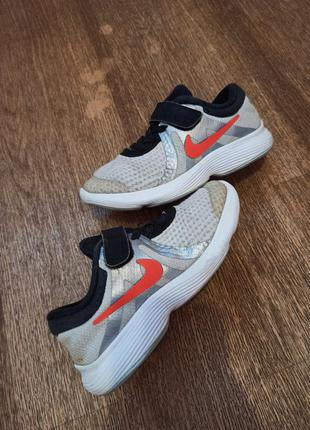 Детские кроссовки nike revolution, размер 28.5 , стелька 17.5 см