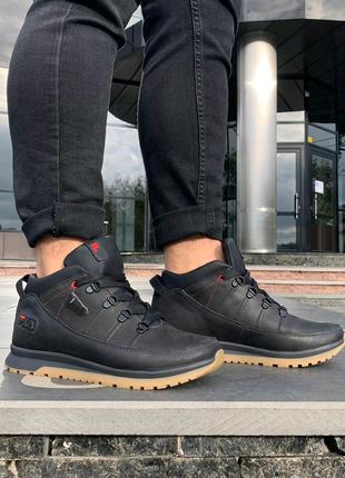 Зимние кожаные кроссовки Fila