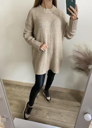 Тёплый бежевый свитер туника zara
