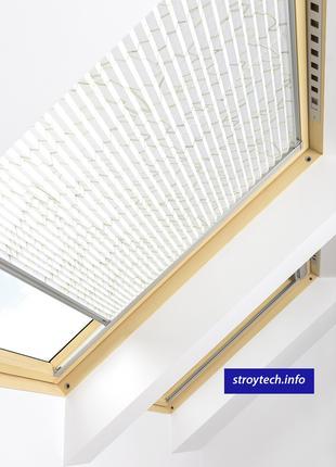 Плиссированная штора APS для мансардного окна FAKRO