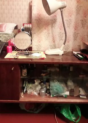 Туалетный столик, Зеркало, Трюмо.
