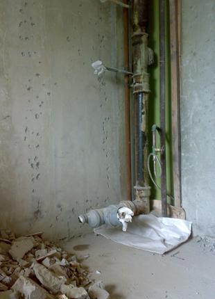 Демонтаж стен,перегородок,сантехкабин,бетона Харьков