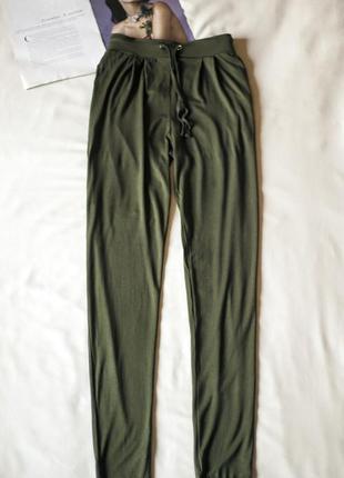 Суперские багги штаны брюки цвета хаки peacocks, размер s